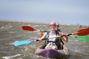 deux participants du touquet raid amazones sur leurs kayak