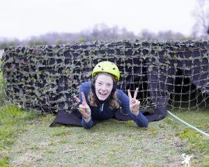 une jeune adolescente sur le parcours du touquet raid pas de calais